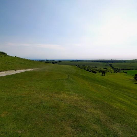 Par 4 6th - West Hove Golf CLub